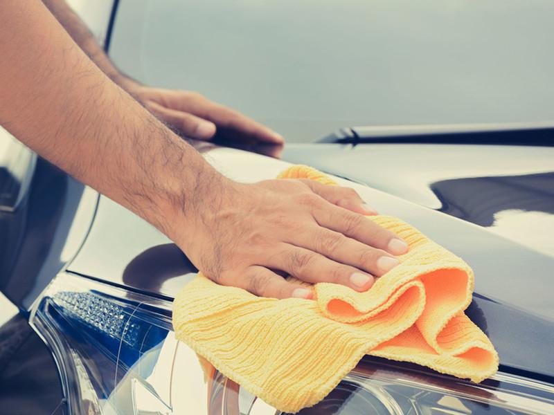 Lavage Auto à la Main Sans Eau
